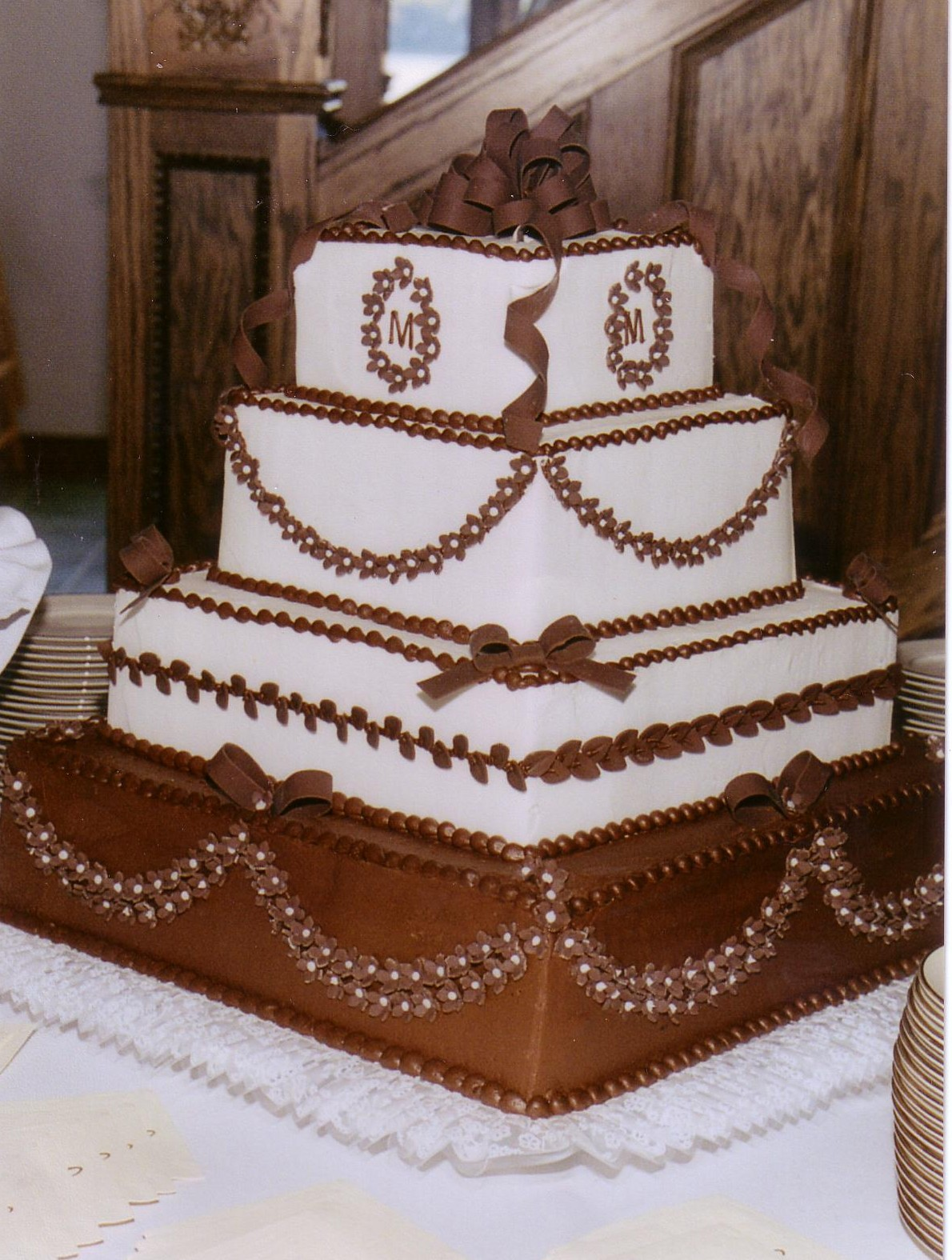 Square Wedding Cakes Taylor s Bakery