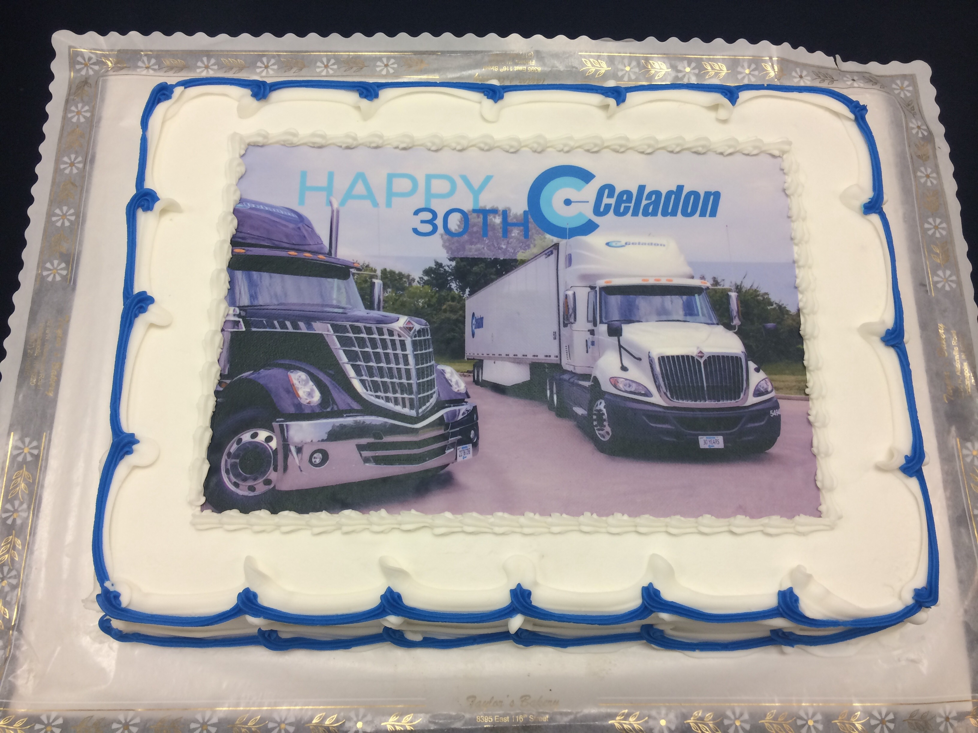 A Cake Using State Of The Art Technology That Couples Food Coloring With An Inkjet Printer Here Are Few Examples Cakes We Have Done For Some